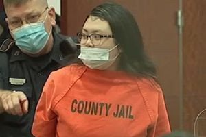 Mỹ: Đâm chết người bán xe, một phụ nữ gốc Việt lãnh án 40 năm tù