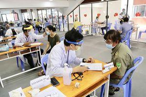 Quận Bình Thạnh tiêm vaccine cho 200 thành viên tổ COVID-19 cộng đồng