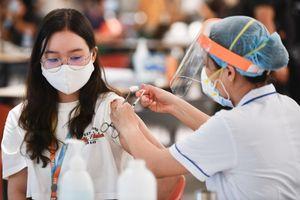 Hàng nghìn lao động tại KCX Tân Thuận được tiêm vaccine Covid-19