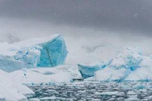 Sông băng khổng lồ ở Nam cực đang vỡ vụn