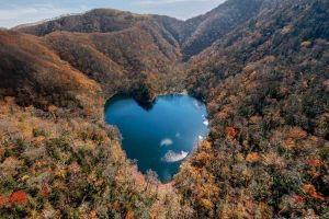 Chiêm ngưỡng hồ nước hình trái tim tự nhiên đẹp như mơ ở Nhật Bản