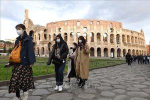 Italy nới lỏng các biện pháp phòng chống dịch COVID-19