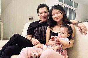 Đúng Ngày của Cha, Trần Bảo Sơn lần đầu tung ảnh con gái lớn và em gái cùng cha khác mẹ, chỉ 1 cử chỉ đã rõ thái độ ái nữ