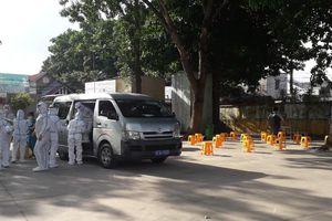 Huyện Hóc Môn đồng loạt tổ chức lấy 100.000 mẫu xét nghiệm tầm soát SARS-CoV-2 tại 11 xã/thị trấn trên địa bàn