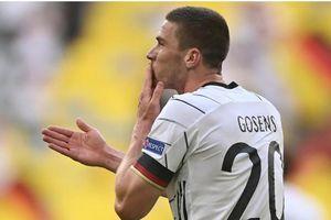 Robin Gosens: 'Lần này, tôi không đổi áo với Ronaldo'