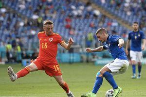Trực tiếp bóng đá Italy 1-0 Xứ Wales EURO 2020: Italy ép sân