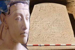 Phát hiện tấm bia đá 2.600 tuổi của pharaoh Ai Cập hé lộ điều bất ngờ