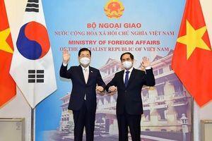Việt Nam – Hàn Quốc ký thỏa thuận hợp tác ứng phó COVID-19