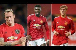 Newcastle muốn giải cứu 3 'người thừa' của Man United