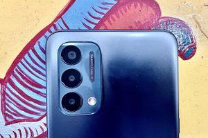 Smartphone 5G, pin 5.000 mAh, màn hình 90 Hz, giá 'mềm'
