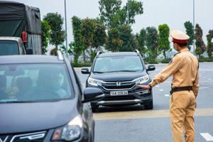 Ninh Thuận cấm hàng quán dọc quốc lộ phục vụ ăn uống tại chỗ