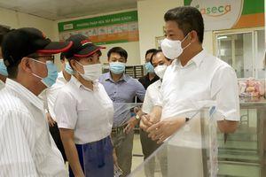 Phó Chủ tịch UBND TP Nguyễn Mạnh Quyền: Doanh nghiệp không được lơ là phòng, chống dịch Covid-19