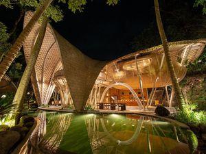 Khu nghỉ dưỡng toàn gỗ ở Bali