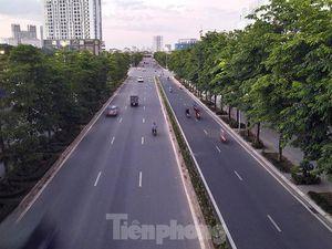 Đại lộ Chu Văn An nhếch nhác sau hơn 1 năm sử dụng