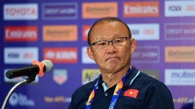 HLV Park Hang Seo: 'Không phải cứ muốn là thắng được tuyển Trung Quốc'
