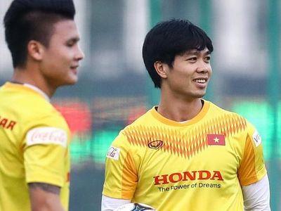Huấn luyện viên Park Hang-seo xác nhận tuyển Việt Nam sẽ sử dụng đội hình mạnh nhất trong trận tái đấu U22 tại Phú Thọ ngày 27/12.