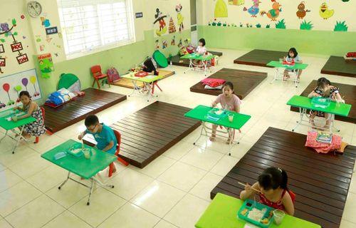Tháng hành động vì trẻ em: Bảo vệ 'mầm non tương lai' trong đại dịch