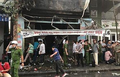 Cháy cửa hàng kinh doanh xe máy điện, 3 người trong gia đình tử vong