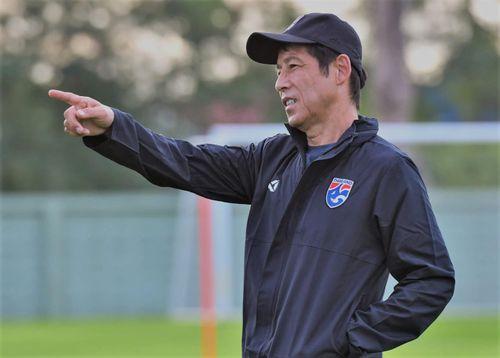 'Các cầu thủ quyết tâm thể hiện hơn khi có HLV Nishino'