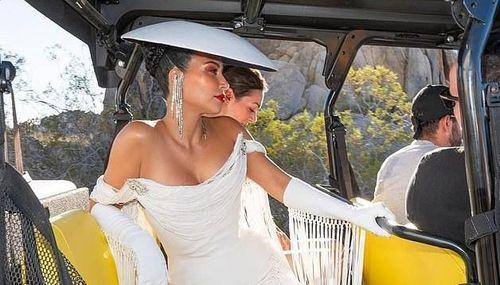 Kim Kardashian hóa quý cô kiêu kỳ, sang chảnh trong buổi chụp hình
