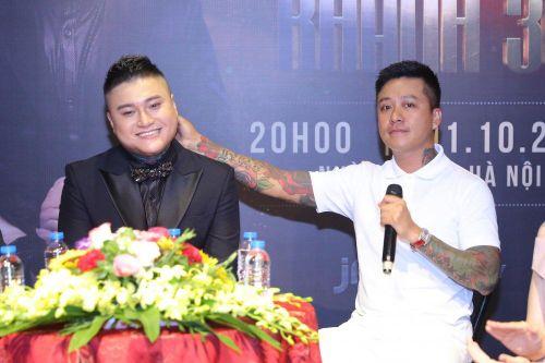 Là anh em thân thiết nhưng vì sao Tuấn Hưng chỉ hát 1 bài trong liveshow của Vũ Duy Khánh?