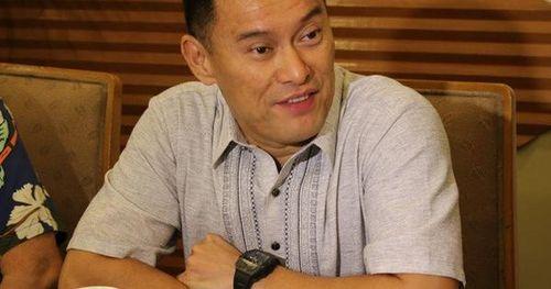 Con trai tỷ phú Philippines chết vì chơi bóng rổ