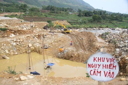 Chính quyền đang làm ngơ với công trình thủy điện vi phạm ở Lai Châu?