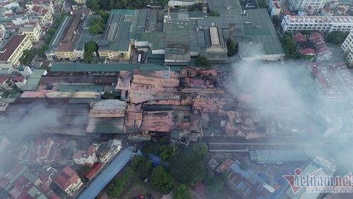 Trăm nhà máy ô nhiễm trong lòng thành phố, Hà Nội quyết di dời trong năm nay