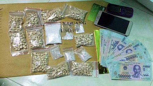 Gã thợ mộc mang 1,2 tỷ đồng đi mua ma túy