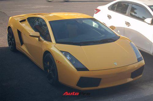 Lamborghini Gallardo 2004 vừa về Việt Nam bất ngờ xuất hiện tại thành phố Huế