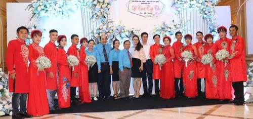 Lễ cưới tập thể của công nhân khó khăn