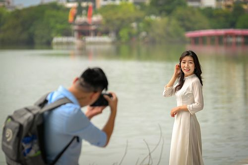 Khoảnh khắc Hà Nội trong mùa đẹp nhất năm