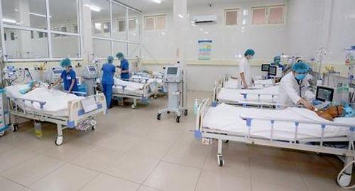 Bệnh viện Trung ương Huế nhận giải thưởng Platinum