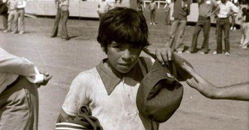 Maradona - Chữ tài liền với chữ tai một vần: [Bài 1] Tuổi thơ nghèo khó