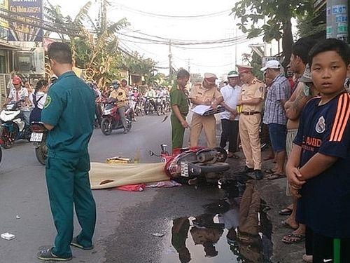 Phanh gấp tránh phương tiện khác, cô gái bị xe tải cán tử vong