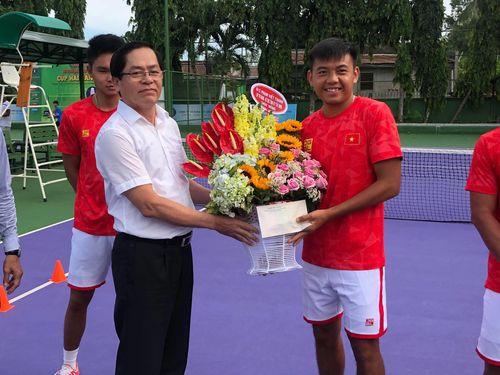 Lãnh đạo tỉnh Tây Ninh động viên đội tuyển quần vợt Việt Nam trước khi lên đường dự Davis Cup