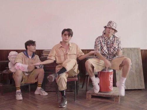 'Nhà quê lên phố': Bản rap hài hước mang đậm phong cách Underground