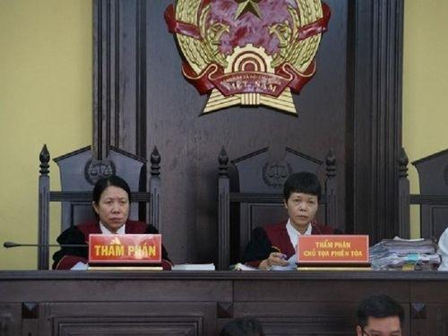 Loạt cựu cán bộ tỉnh Sơn La nhận án vì bồi thường 'thừa' 1,2 tỷ