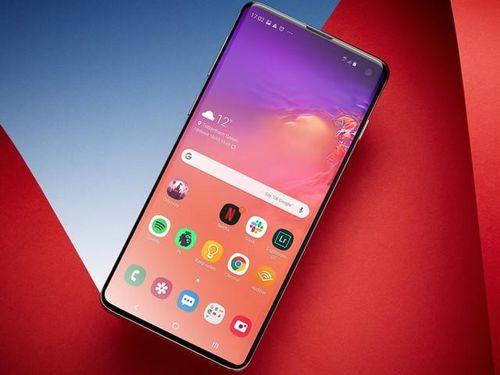 Sinh sau đẻ muộn, Samsung Note 10 'chưa đủ tuổi' đọ với iPhone XS Max?