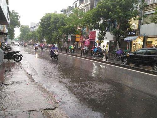 Hà Nội: Cơ bản các điểm ngập úng nước đã rút hết