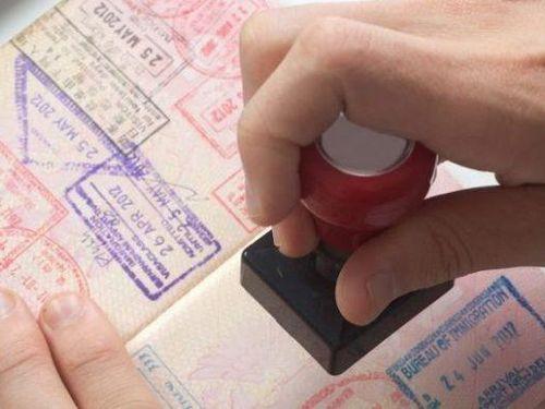 Visa là rào cản thu hút khách du lịch vào Việt Nam?