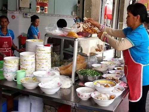 Người Thái yêu thích bún, phở của Việt Nam