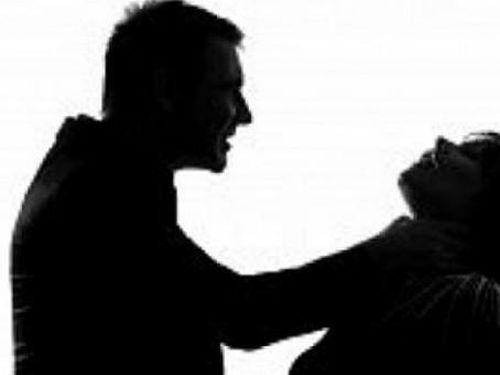Hòa Bình: Người đàn ông sát hại vợ rồi uống thuộc diệt cỏ tự tử