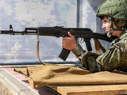 Hình ảnh những 'bông hồng thép' tranh tài tại Army Games 2019