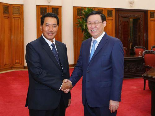 Phó Thủ tướng Vương Đình Huệ tiếp Phó Chủ tịch Quốc hội Lào