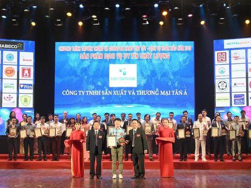 Máy lọc nước và máy nước nóng của Tân Á Đại Thành đạt Top 10 Hàng Việt Nam chất lượng tốt năm 2019