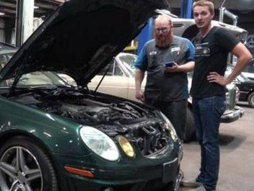 'Ngậm đắng nuốt cay' khi mua xe Mercedes cũ chỉ 305 triệu đồng