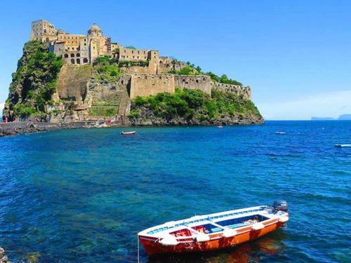 Quên Rome đi, nước Ý còn nhiều địa điểm đáng ghé thăm hơn thế