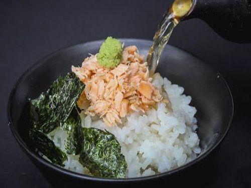 Món ăn từng 'đuổi khách' bây giờ được nâng tầm thành quốc hồn ẩm thực Nhật