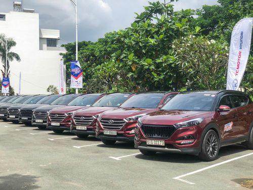 Hơn trăm xe Hyundai quy tụ trong sự kiện tại Sài Gòn